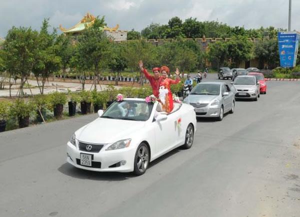 Cho thuê xe hoa ô tô đám cưới ở tại TP Vinh Nghệ An